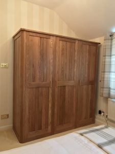 Oak wardrobe in shaker style